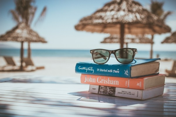 books-reading-beach-vacation-sunglasses-relax