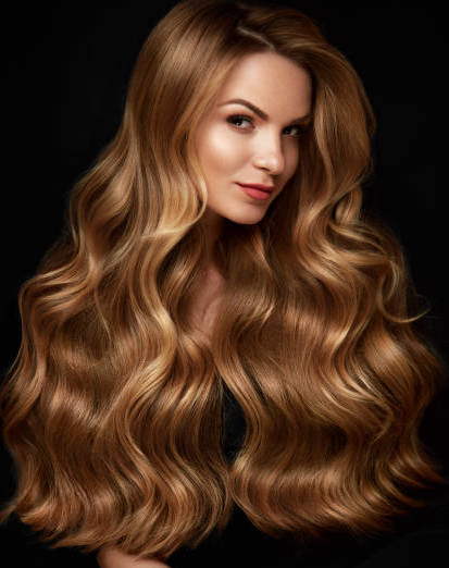 curare i capelli dopo l'estate capelli colorati